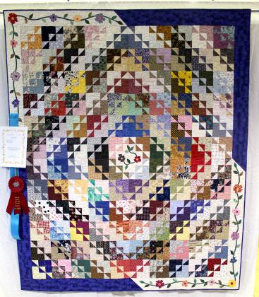 """Northwind"" by Karen Keeler of Sulphur Springs, second place Bed Quilts"