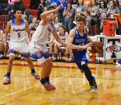 Dillon Beadle drives the baseline in Saltillo's Regional Quarter Final loss on Tuesday. Staff photo by Todd Kleiboer