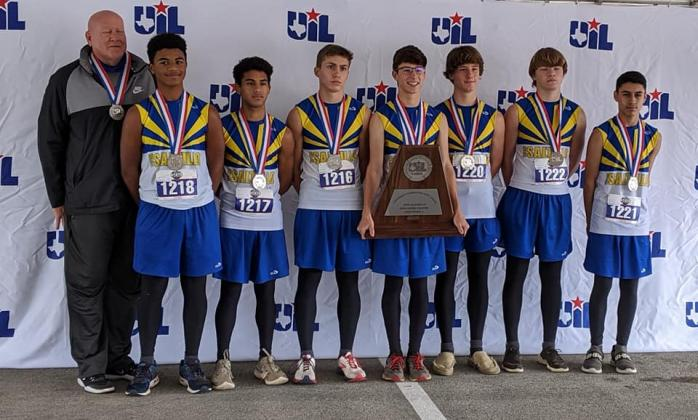 Saltillo boys cross country team/ Courtesy Johnna West